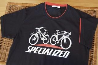 Uniqlo_specialzed_t